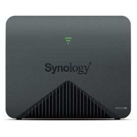 Synology MR2200AC wireless router Gigabit Ethernet Dual-band (2.4 GHz   5 GHz) 3G 4G Black